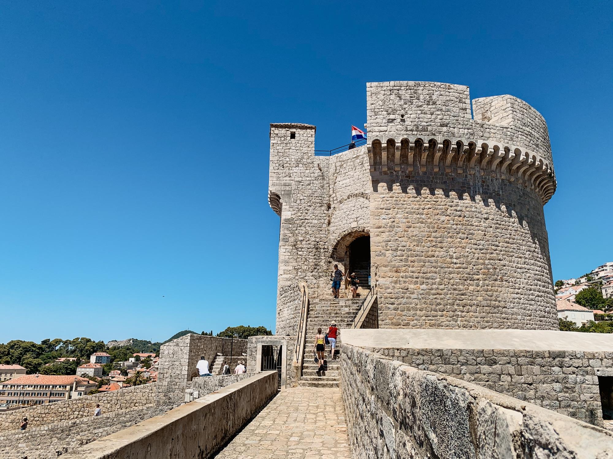 Dubrovnik Sehenswürdigkeiten Top 10: Meine Highlights und Tipps - Stadtmauern Rundgang, Minceta Turm