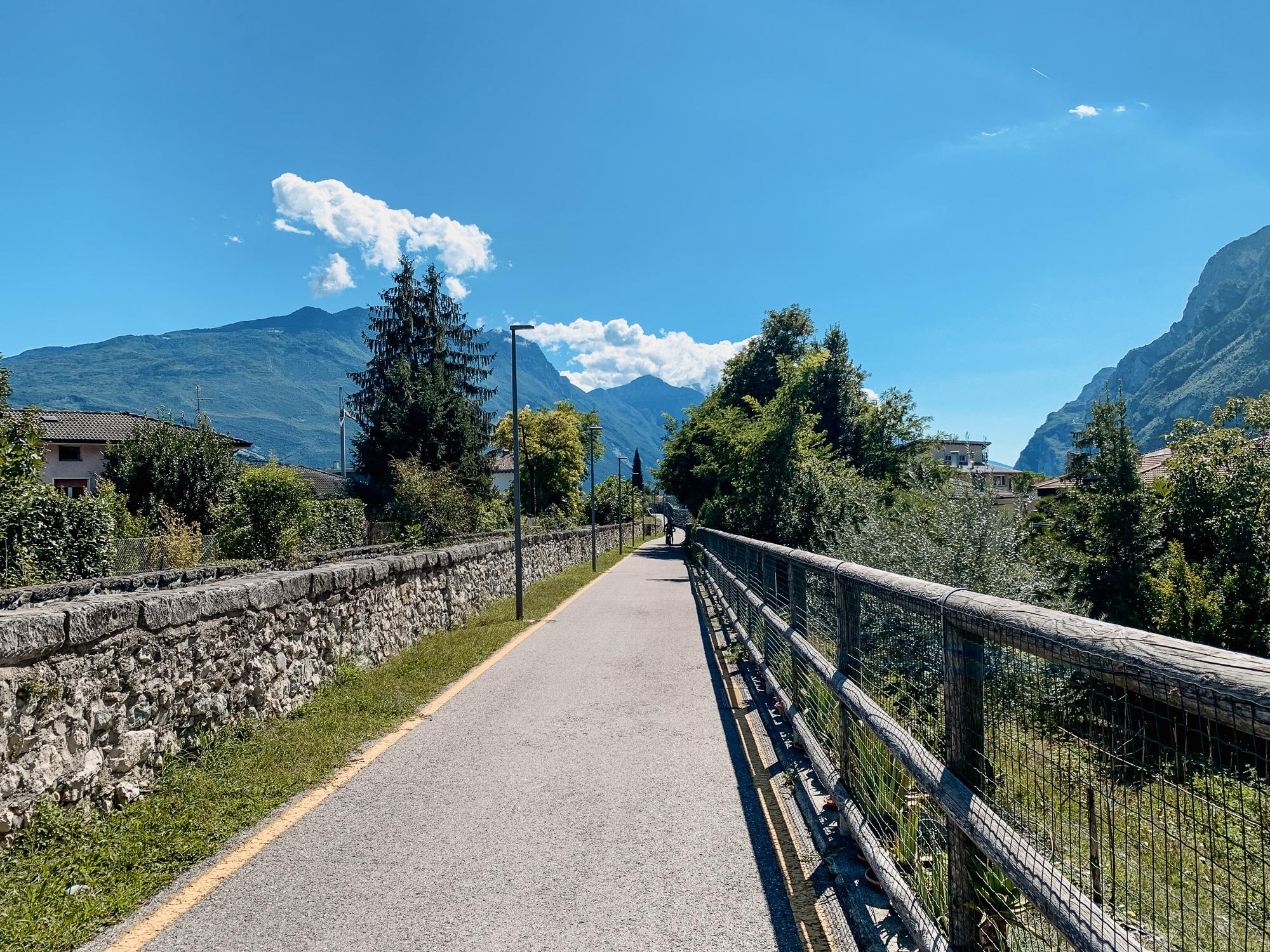 Hoody Hotel: Meine Erfahrungen im Gardasee Active & Happiness Hotel - Fahrradtour zum See