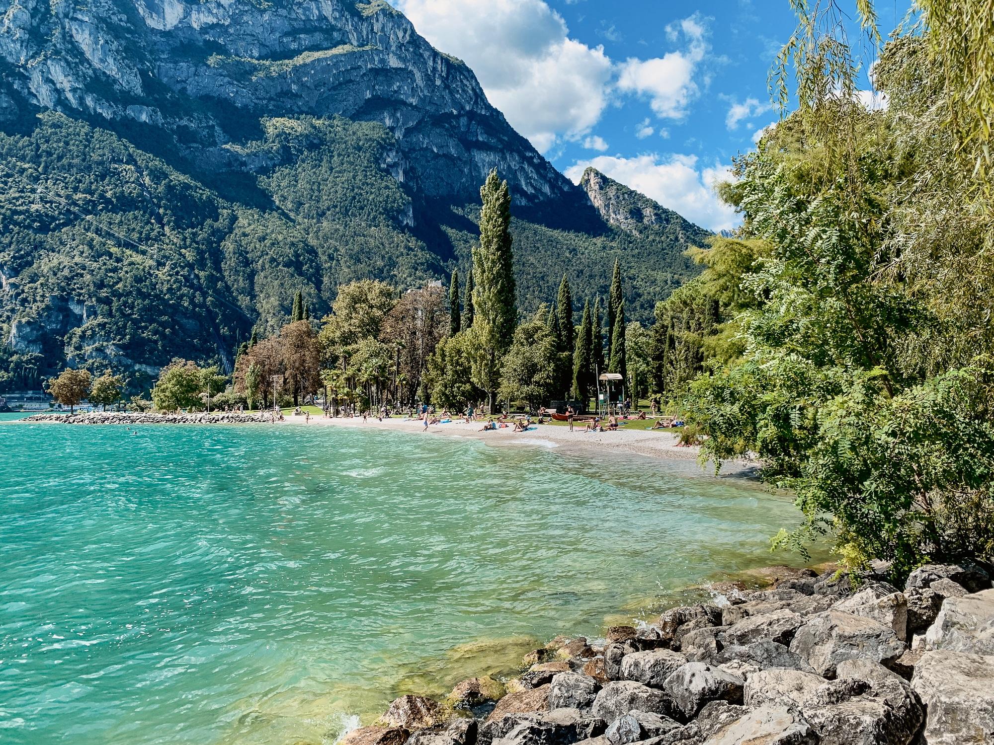 Hoody Hotel: Meine Erfahrungen im Gardasee Active & Happiness Hotel - Gardasee Strand in Riva del Garda