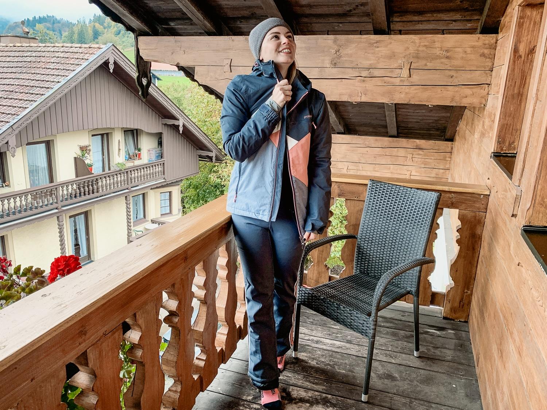 Protest: Das sind die Skioutfit Trends der neuen Saison - Skijacke Kitten