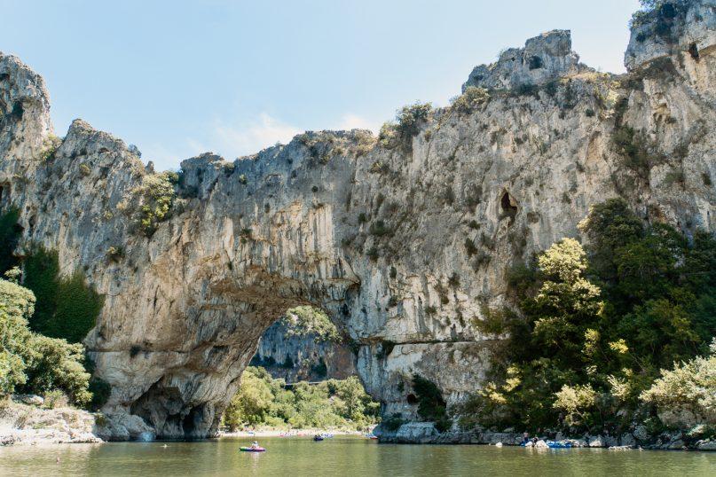 Ardeche Schlucht mit dem Kajak: Pont d'Arc