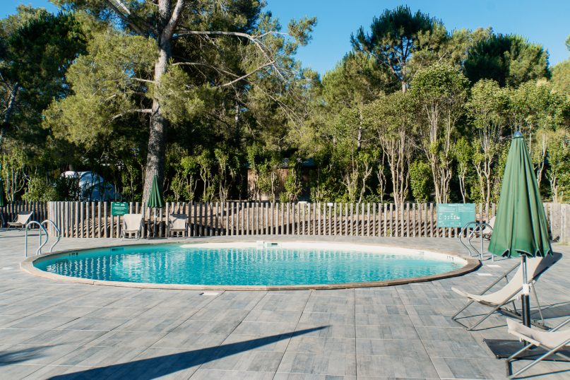 Huttopia Fontvieille Campingplatz: Pool