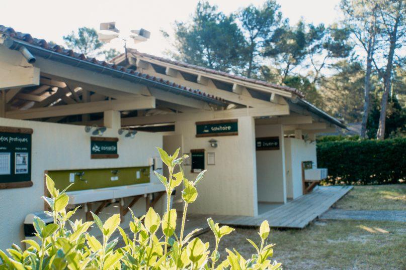 Huttopia Fontvieille Campingplatz: Waschräume