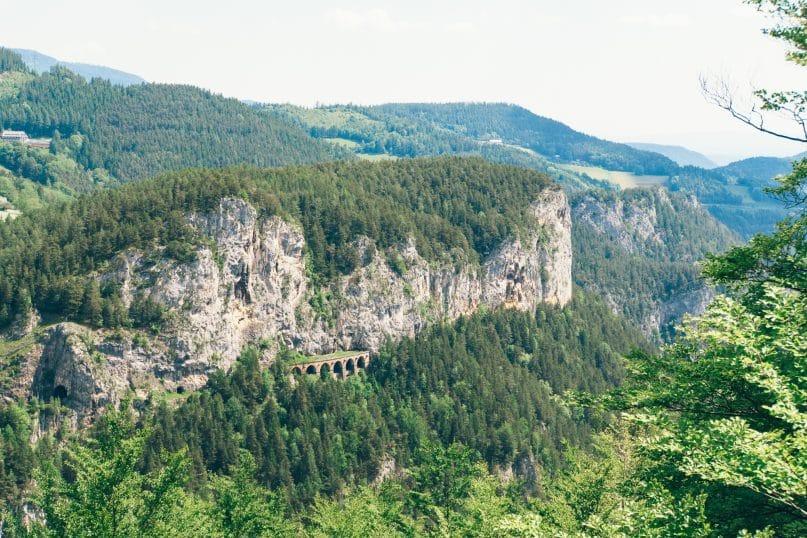Niederösterreich Urlaub: Wiener Alpen - Zauberblicke Wanderung 20 Schilling Blick