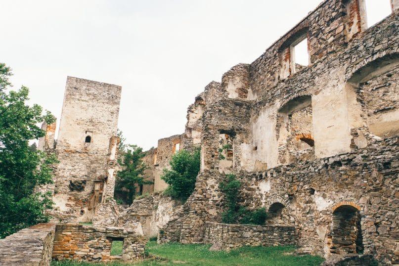 Niederösterreich Roadtrip: Waldviertel Ruine Dobra